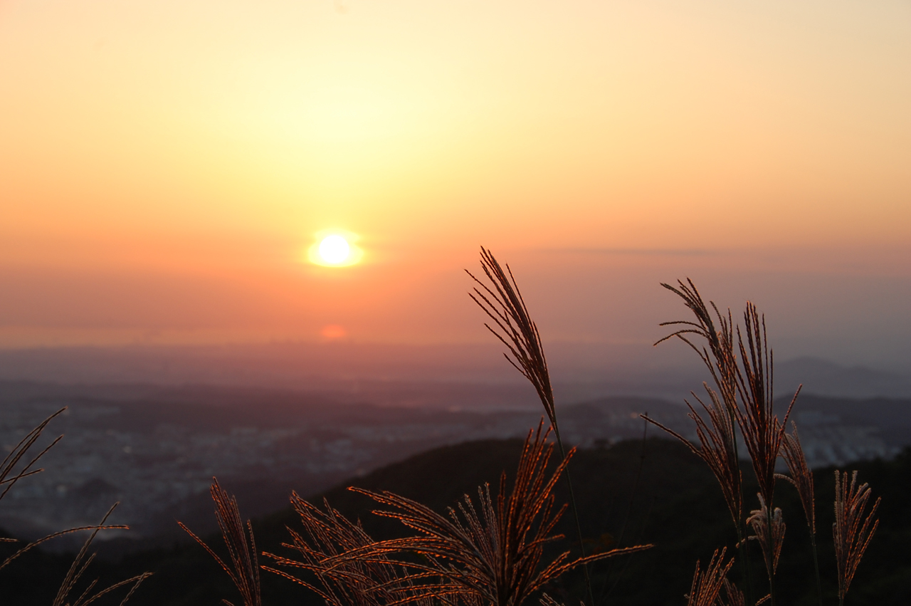 sunset from mt.maya